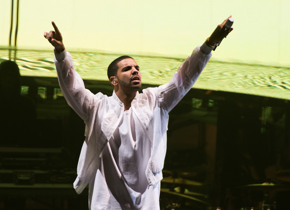Drake+Like+Tour+Concert+Newark+NJ+lttgpqLsbEWl
